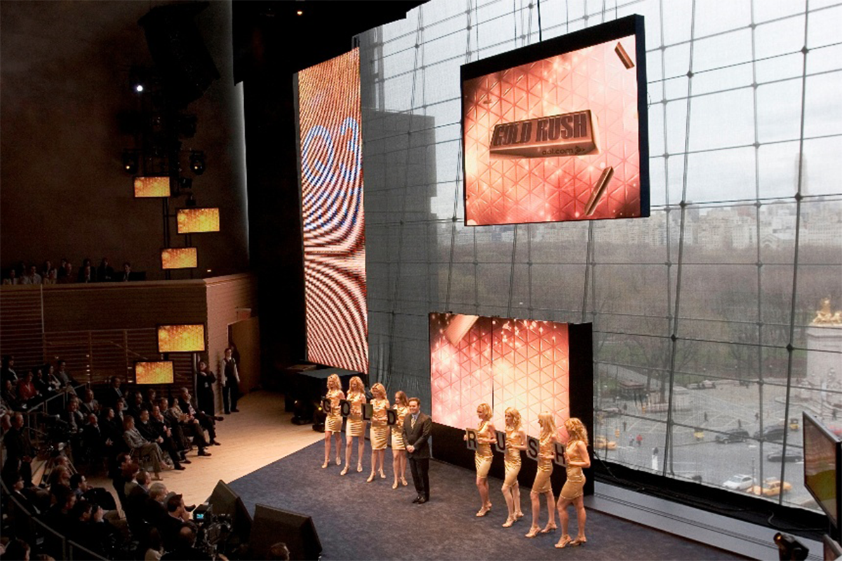PineRock Creative - LED Screens with Natural Daylight Backdrop